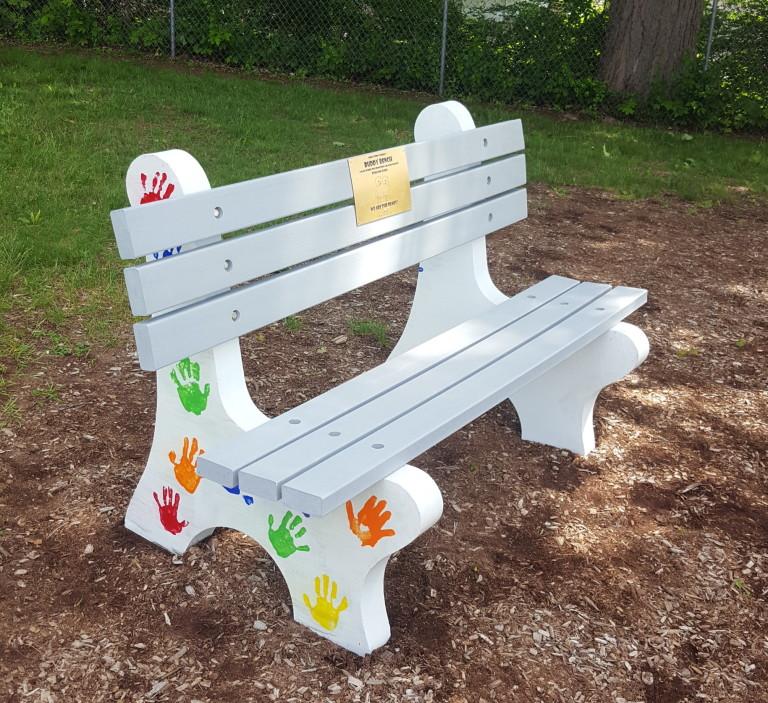 Custom 5′ Coventry Bench