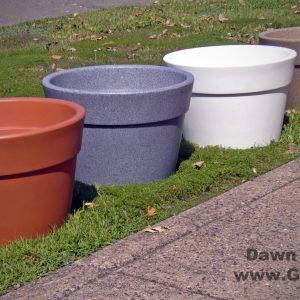 Aqueous Plastic Self Watering Planter
